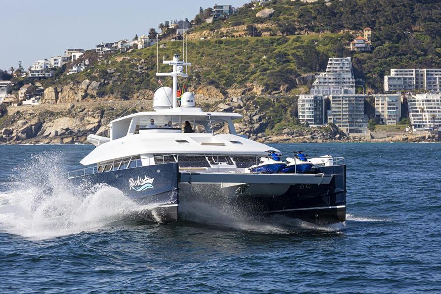 Two_Oceans_850E_Power_Catamaran_1 (5)